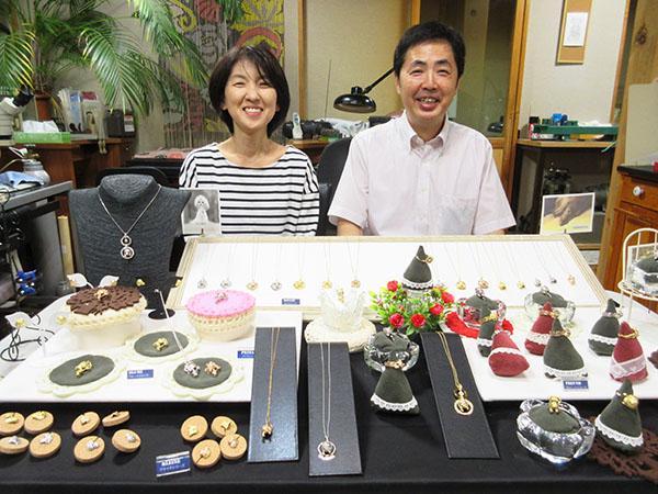 入倉夫妻と、ヴォフリングのコレクション