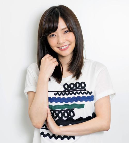 くらしな・かな 1987年熊本県生まれ。NHK連続テレビ小説「ウェルかめ」や「奪い愛、冬」(テレビ朝日系)などに主演。ほかにもテレビドラマ、映画に出演多数。
