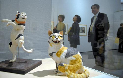 新潟県立歴史博物館で始まった「猫と人の200年 アートになった猫たち」